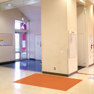 エレベータ柱前横:イメージ